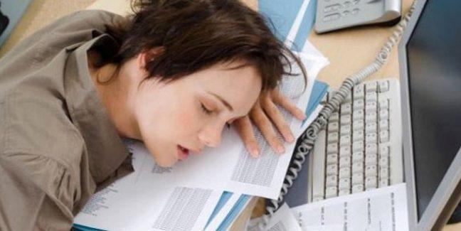 Narkolepsi (uyku atağı) nedir? Belirtileri ve tedavisi nasıldır?