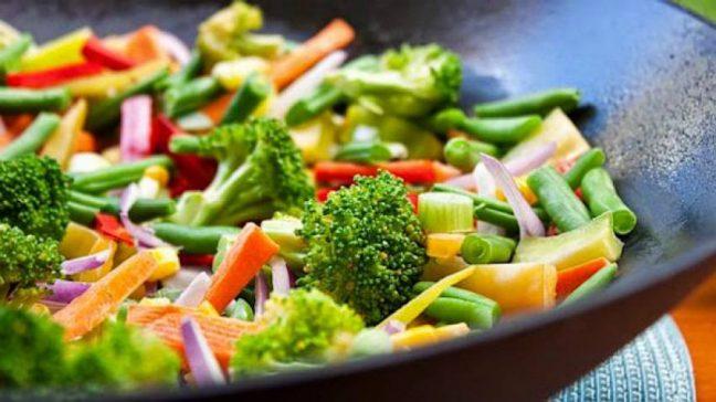 Soğuk havalarda hastalanmamak için nasıl beslenmeli?