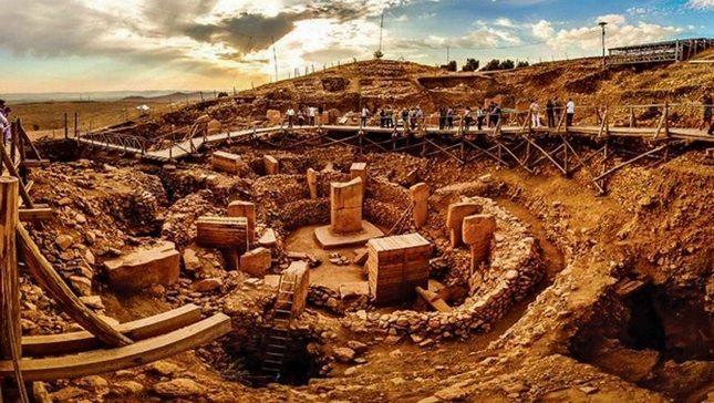 TRT'de tepki çeken belgesel: Göbeklitepe'de Hz. İbrahim'in yıktığı putlar