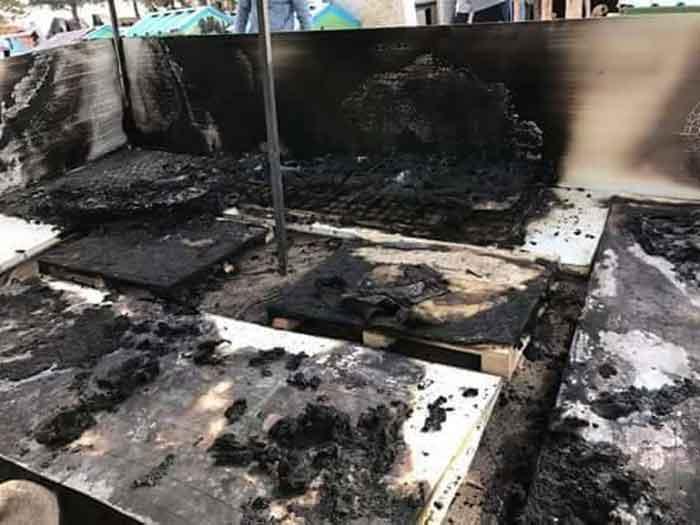 Patiliköy köpek evleri yakıldı