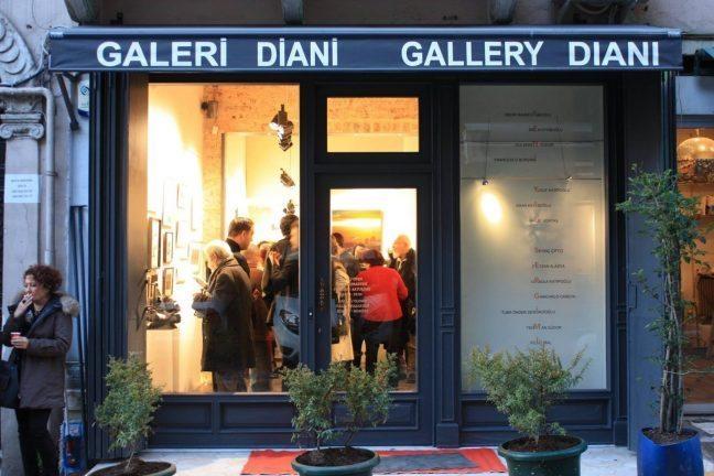 Tuba Önder Demircioğlu'nun heykel ve duvar çalışmaları sergisi: Tutunma