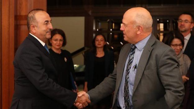 AB İnsan Hakları Komiseri Muijnieks raporu için Türkiye'de temaslarda bulunmuş, Dışişleri Bakanı Mevlüt Çavuşoğlu ile görüşmüştü.