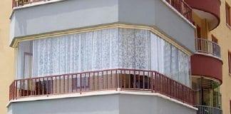 Evin balkonunu odaya dahil etmek için mülk sahipleri ne yapmalı?