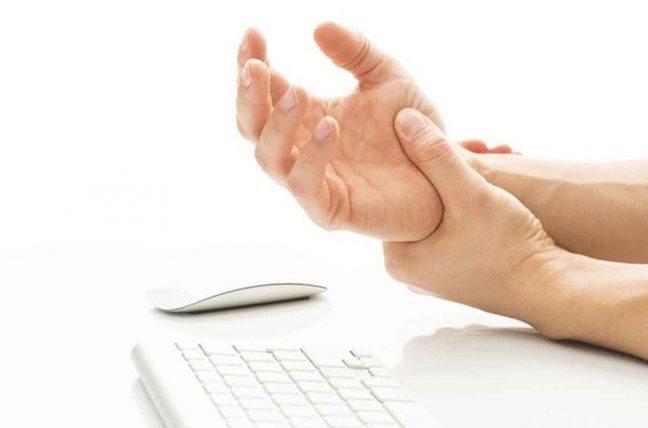 Parmaklarda uyuşma