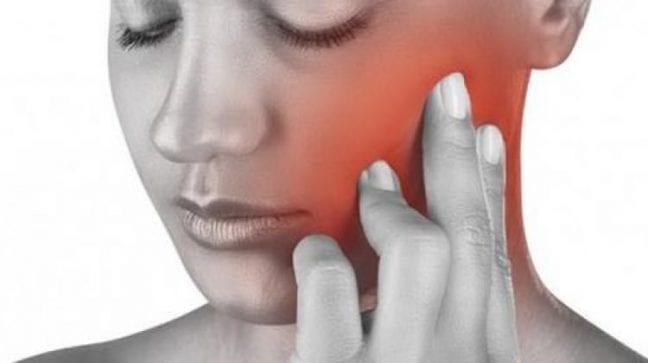 Yüzdeki ağrılara dikkat! Tümör kaynaklı olabilir!