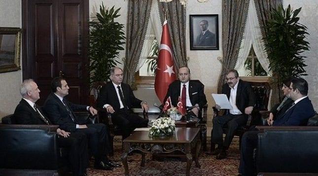 Düşünsenize AKP ile HDP anlaşıyormuş!