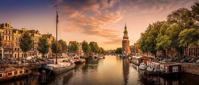 Burçlara göre şehirler: Akrep burcu - Amsterdam, Hollanda