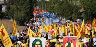 Aleviler oy kullanmasa acaba AKP Alevilerin kapılarının önünden geçer mi? AKP geçen 15 senede Alevileri tanıyamadı mı?