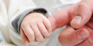Bebeklerde işitme kaybı neden olur? Erken tanı ve tedavinin önemi!