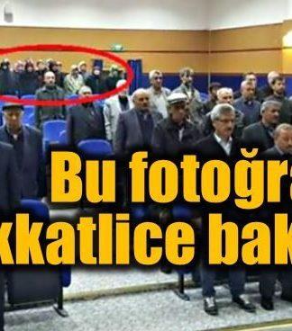 Halk Meclisi toplantısında kadının yeri: Bu fotoğrafa dikkat!