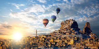Cappadox 2017: Kapadokya'nın sıradışı mekanlarında müzik festivali