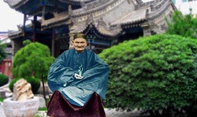 256 yıl yaşayan Li Ching-Yuen