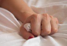 Orgazm baş ağrısı nedir? Kimlerde görülür? Tehlikeli midir?