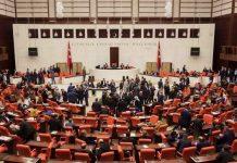 Referandum anayasasında 18 yaşındaki gençlerin milletvekili seçilmesi
