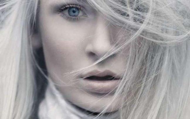 Saçlarımız neden beyazlar? Yaşlılık belirtisi mi?