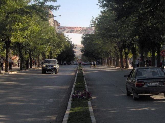 Sivas Mevlana Meydanı'nın değişimi tepki çekiyor