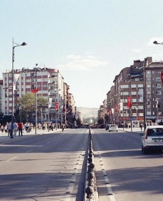 Sivas Kent meydanının değişimi tepki çekiyor