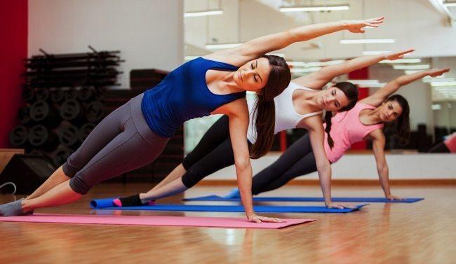 spor egzersiz yoga pilates kadınlar erkekler