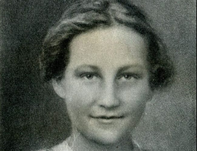 "Zoya (Tanya) Kosmodemyanskaya: Zoya ""yaşam"" demek!"