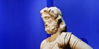 """Genco Gülan heykel sergisi: """"Antik Gelecek"""""""