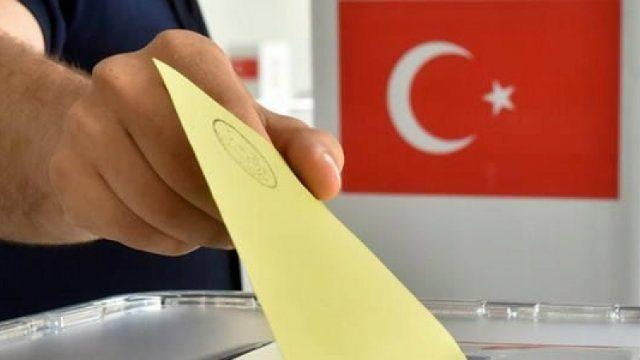 AKP milletle kavşak geçiyor!