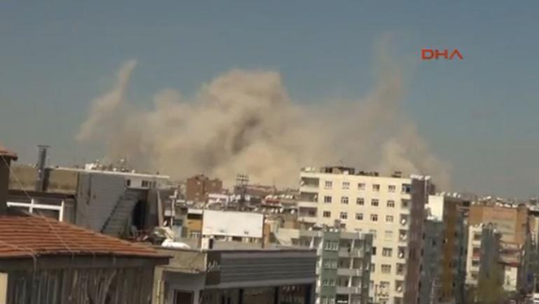 Diyarbakır'ın Bağlar ilçesinde şiddetli patlama oldu