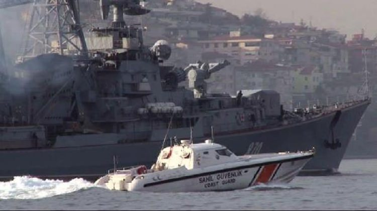Rus destroyerleri Boğazlardan geçti