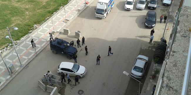 Suruç'ta Emniyet'e bombalı saldırı girişimi engellendi
