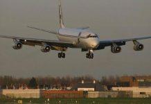 Uçuş sırasında hangi durumlarda acil iniş yapılır?