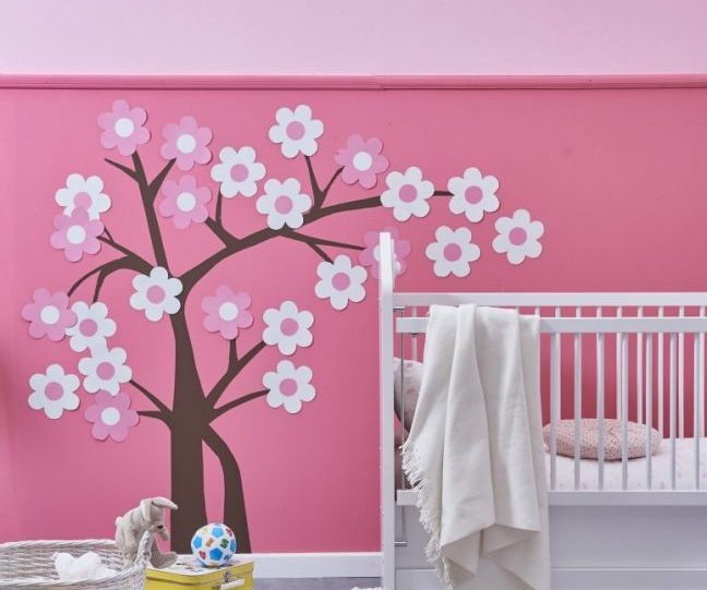 pembe çocuk odası