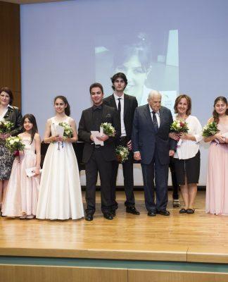 Klasik müziğin Parlayan Yıldızları'na Meriç Soylu ödülü