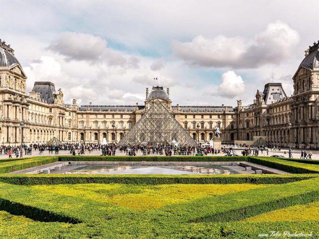 louvre müzesi paris müze