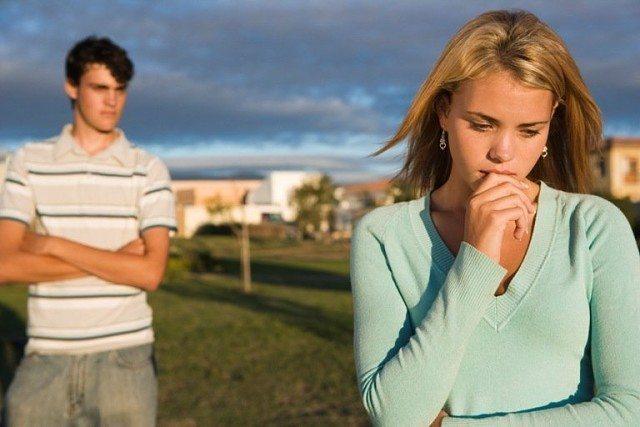 Birinin sizi izlediği hissi nasıl oluşur?