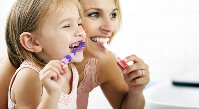 Diş bakımında sık yapılan 10 hata nedir?