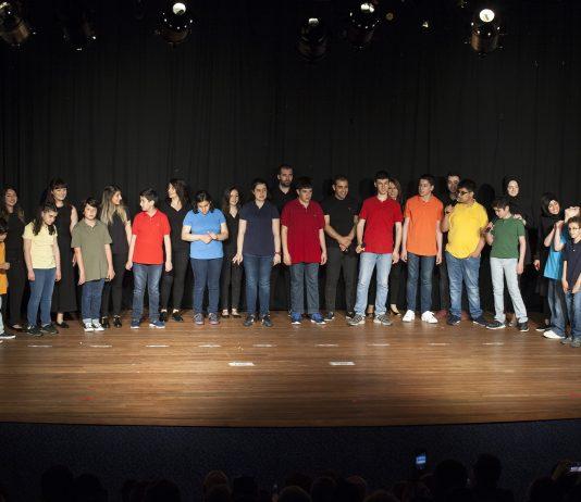 Otizmli öğrencilerden muhteşem yıl sonu gösterisi