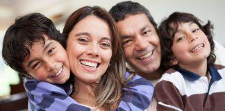 Geleneksel bayram kutlamaları çocukların gelişimini nasıl etkiliyor?