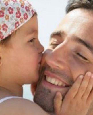 Babalar Günü'nü Anneler Günü'nden daha az kutluyoruz!
