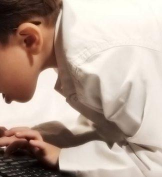 Çocuğunuzun tatilde İnternet bağımlısı olmaması için tavsiyeler