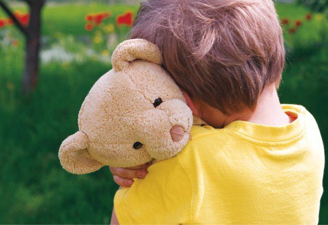 Çocuklarda tik problemi neden kaynaklanır? Neler yapılmalı?