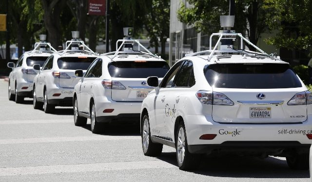 Google's Driverless Cars self driving