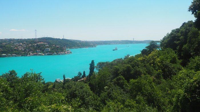 İstanbul Boğazı neden turkuaz rengine dönüştü?