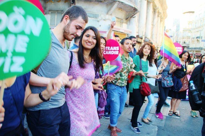 istanbul pride lgbti taksim onur yürüyüşü