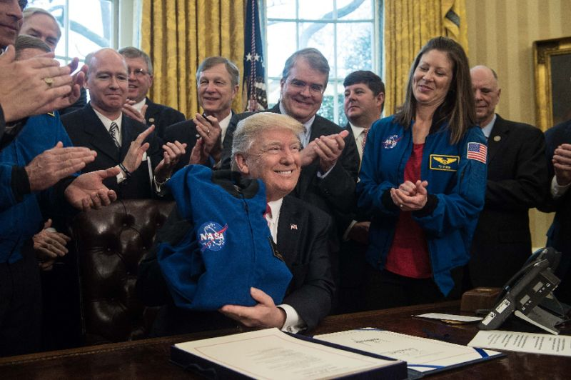 trump nasa bill astrobiology ufo aliens uzaylı