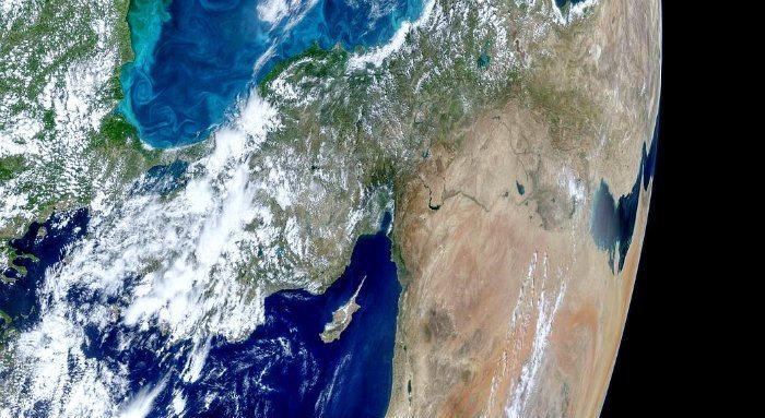türkiye istanbul boğazı turkuaz uydu uzaydan görüntü