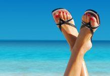 Yaz aylarında ayak şişmesine dikkat! Hastalık habercisi olabilir!