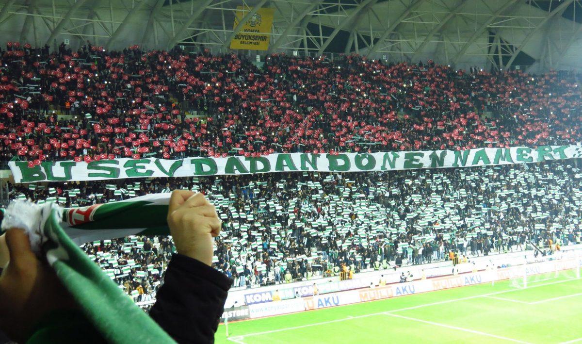 atiker konyaspor başkanı ahmet şan İzmir Marşı söylemedikleri için taraftara teşekkür etti
