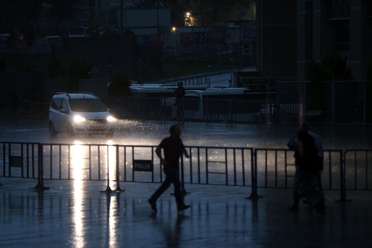 istanbul sel felaketi şok görüntüler