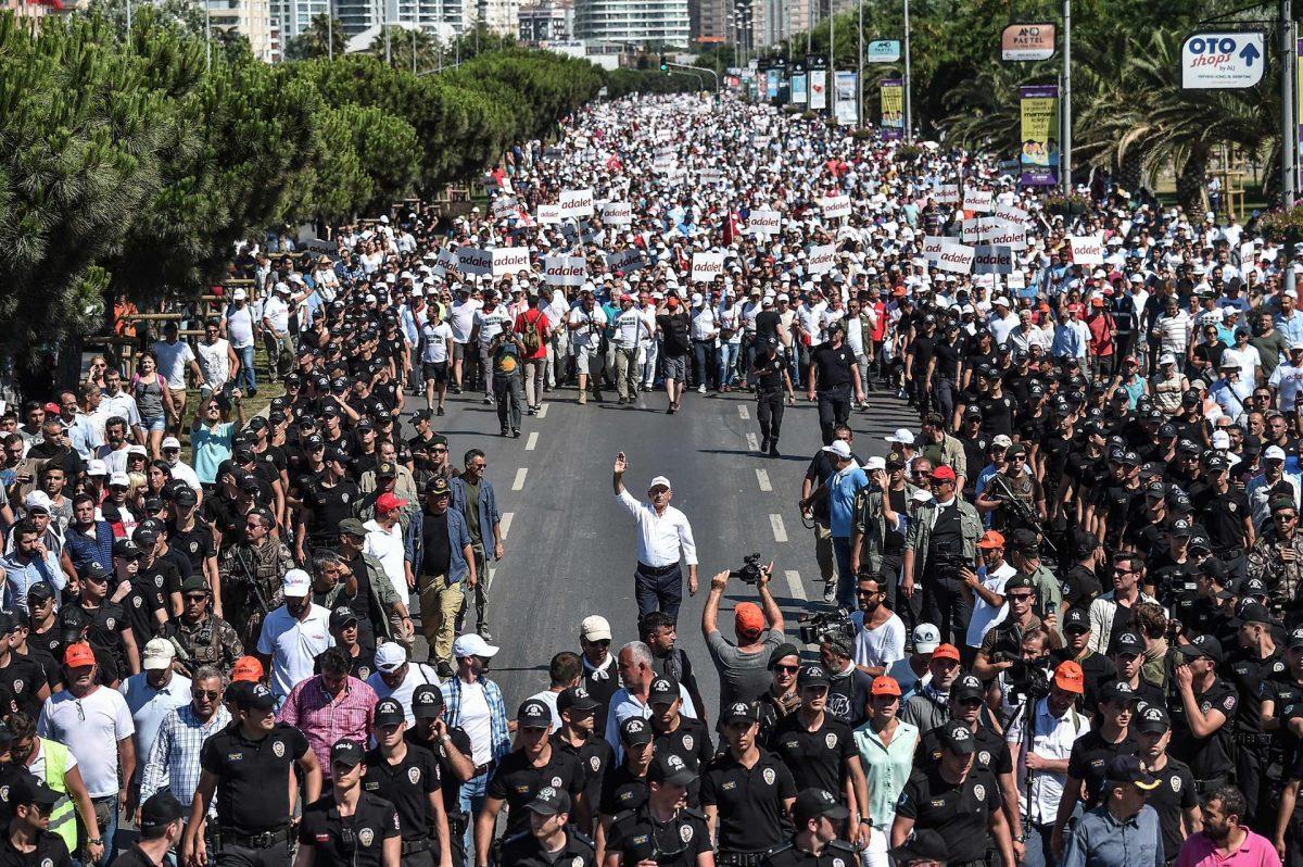 kemal kılıçdaroğlu adalet yürüyüşü mitingi