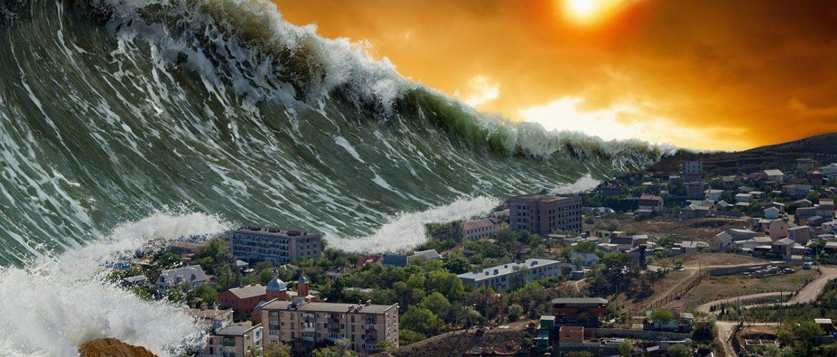 tsunami dev dalgalar
