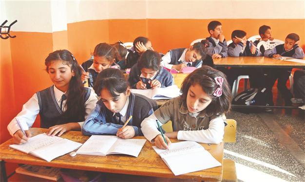 Eğitimde cinsiyet eşitsizliği, Türkiye'de özellikle bazı kızları daha çok etkilemektedir.